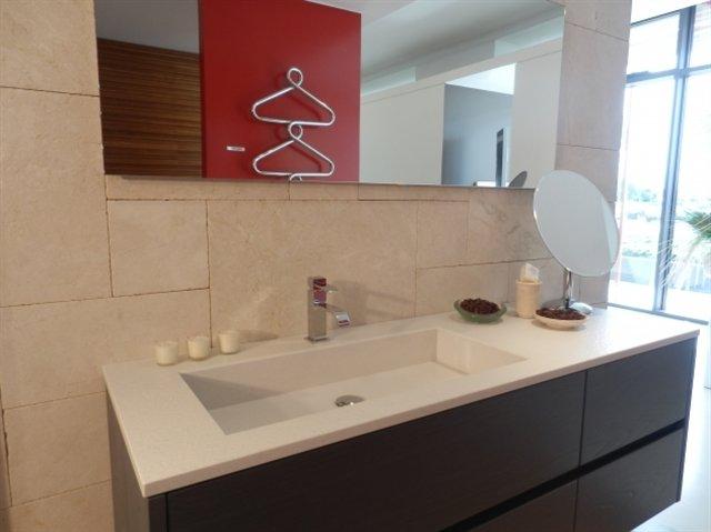 Showroom con soluzioni arredo bagno con mq - Bagno alessi prezzi ...