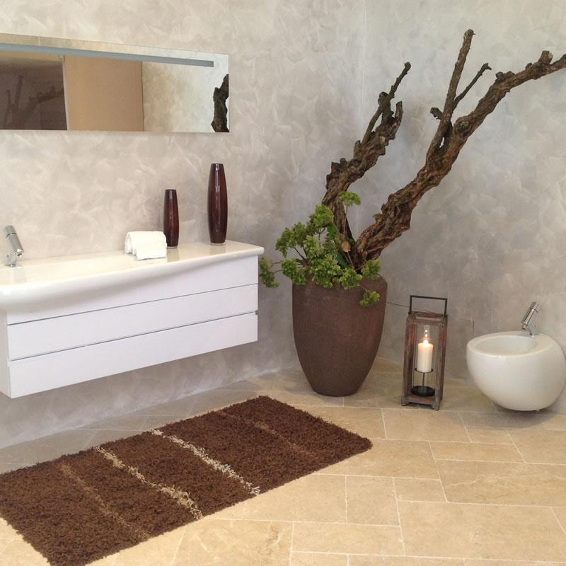 Showroom con soluzioni arredo bagno con mq di - Esposizione arredo bagno ...